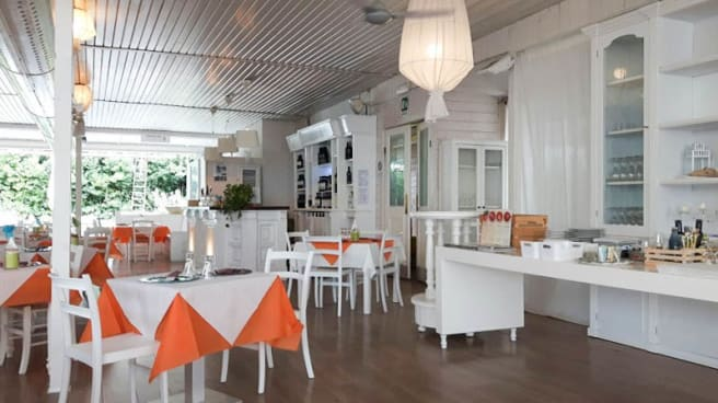 Vista sala - Taverna Degli Amici, Castellana Grotte
