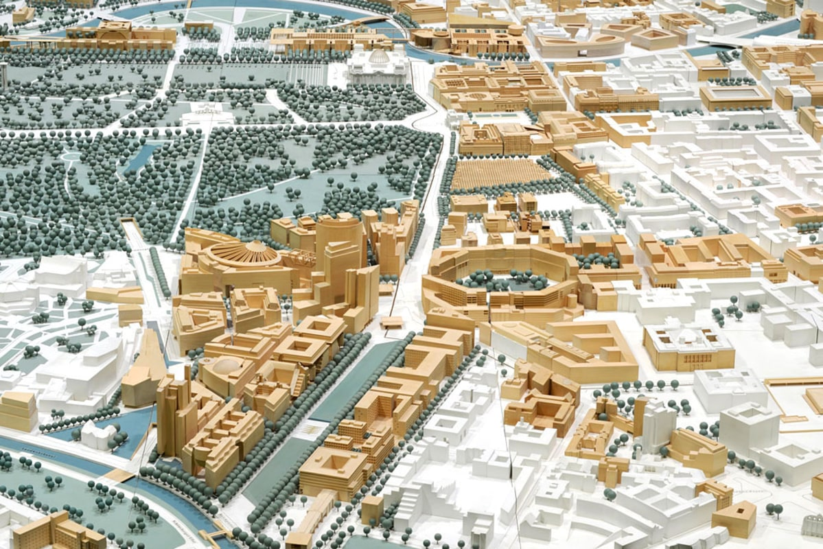 Physical model showing the reconstruction in Potsdamer Platz