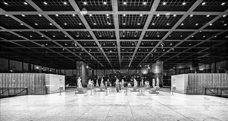 Neue Nationalgalerie Interior