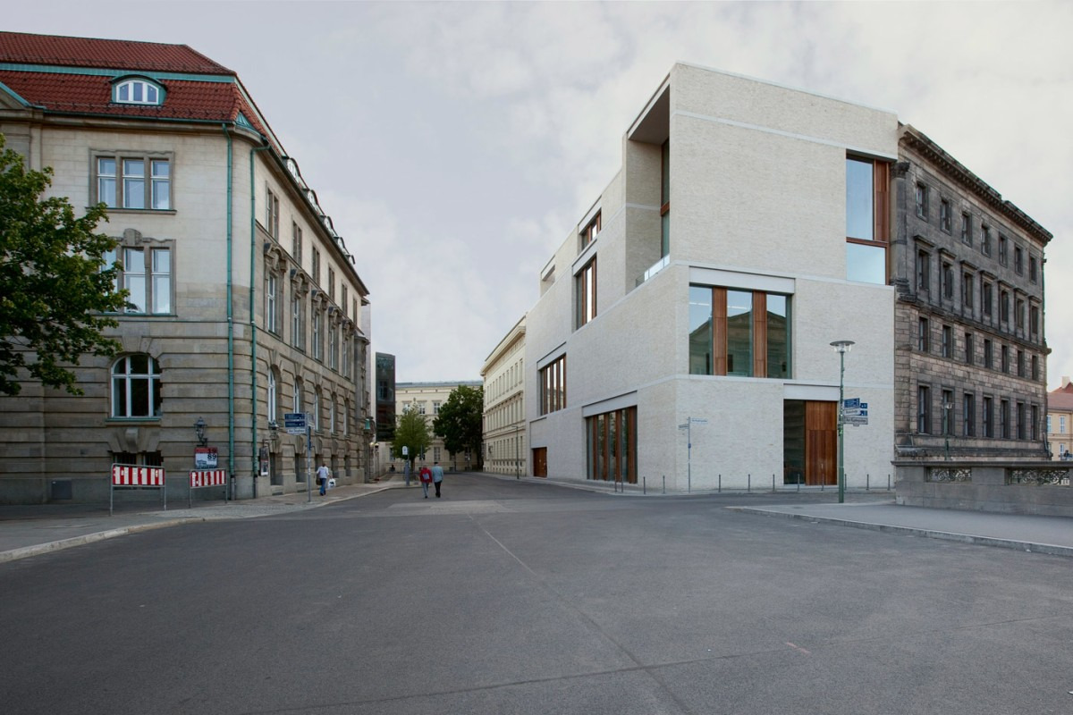 Am Kupfergraben 10 / David Chipperfield Architects