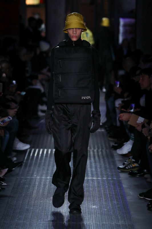 Koolhaas's bulletproof vest style bag