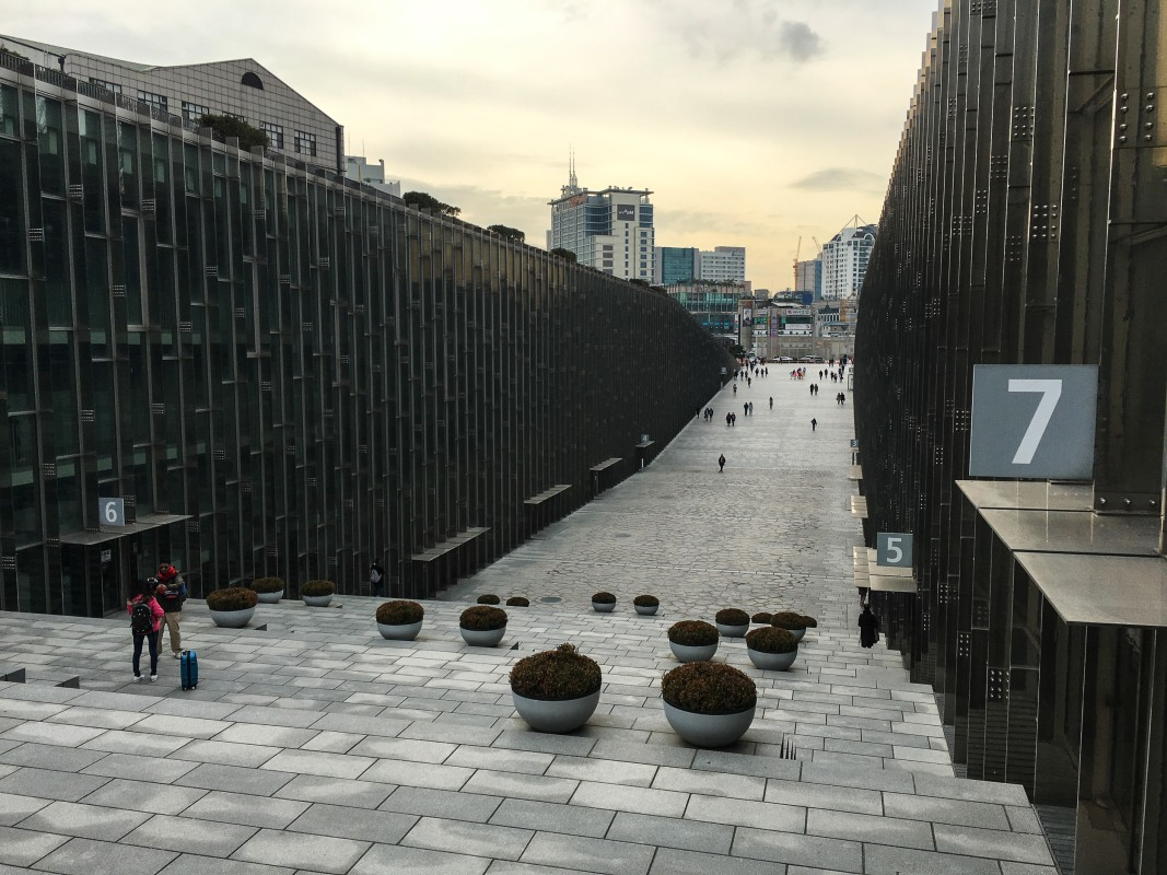Ewha Womans University - Walking up the staircase at the north end of the valley