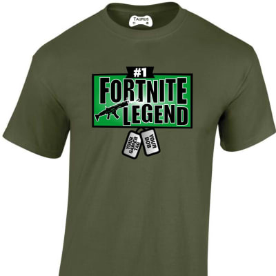 Fortnite Legend with personalised dog tags T-Shirt