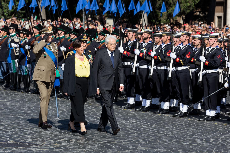 Presidente della Repubblica Mattarella con il Ministro della Difesa Trenta