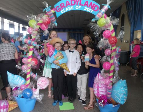 See Pictures of the Fifth Grade Banquet