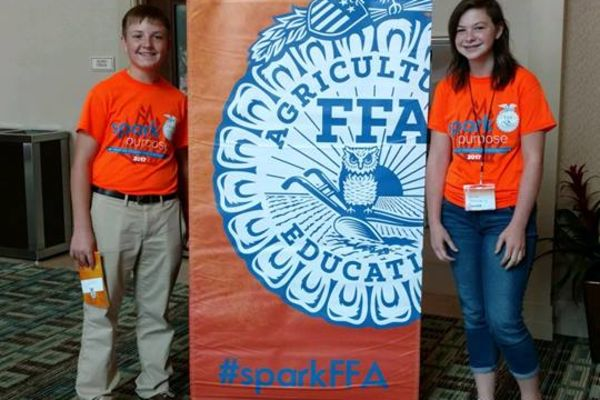 Suwannee Middle FFA Students Participate in Leadership Conference