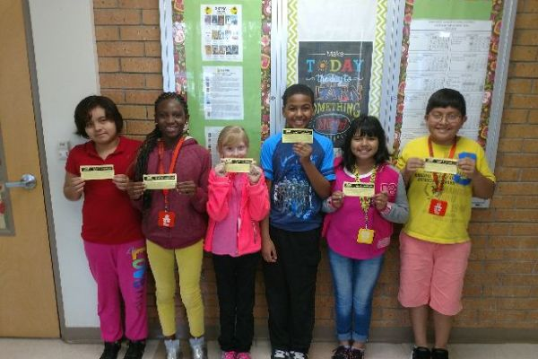 SIS Names Students of the Week