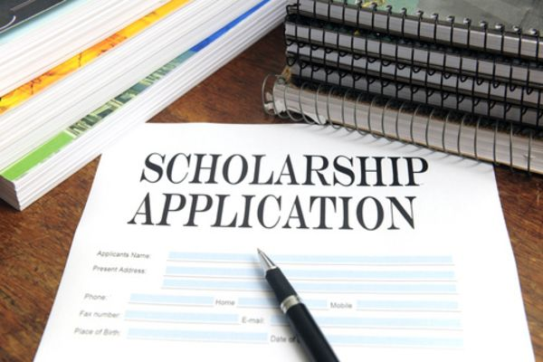 RIVEROAK Scholarship Available to Local Senior Students