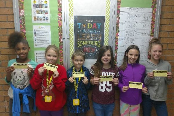 Students of the Week Announced at SIS