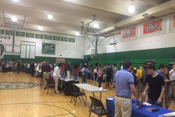 Suwannee High Hosts College Day