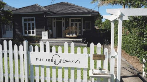 future-dreamers