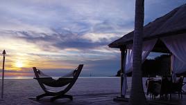 The Romantic Tourist - Malaysia