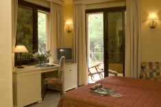 Rooms Facing the Pine Forest at Hotel Residence Roccamare