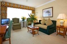 Suites at Kingsway Hall Hotel