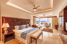 Grand Jr Suite King at Grand Miramar All Luxury Suites & Residences