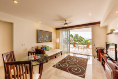 Jr. Suite at Grand Miramar All Luxury Suites & Residences