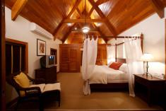 Luxury Two Bedroom Villa at Victoria House Resort & Spa