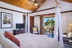 1 Bedroom Infinity Suite at Victoria House Resort & Spa