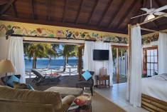 Rainforest Suite at Victoria House Resort & Spa