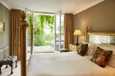 Feature at Ockenden Manor