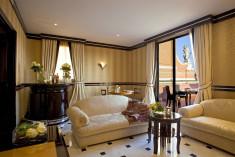 """Art Deco Terrace Suite at Grand Hotel Majestic """"già Baglioni"""""""