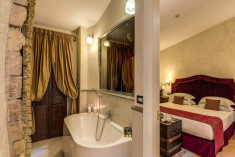 PRESIDENTIAL SUITE at VOI Donna Camilla Savelli Hotel