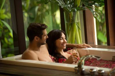 Honeymoon in Royal Paradise