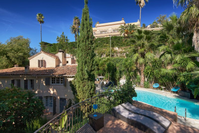 VILLA LES PINS - CANNES - BEAUTIFUL POOL AND 6 BEDROOMS