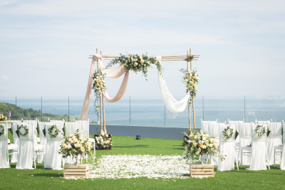 Crest Wedding Package (Western Style)