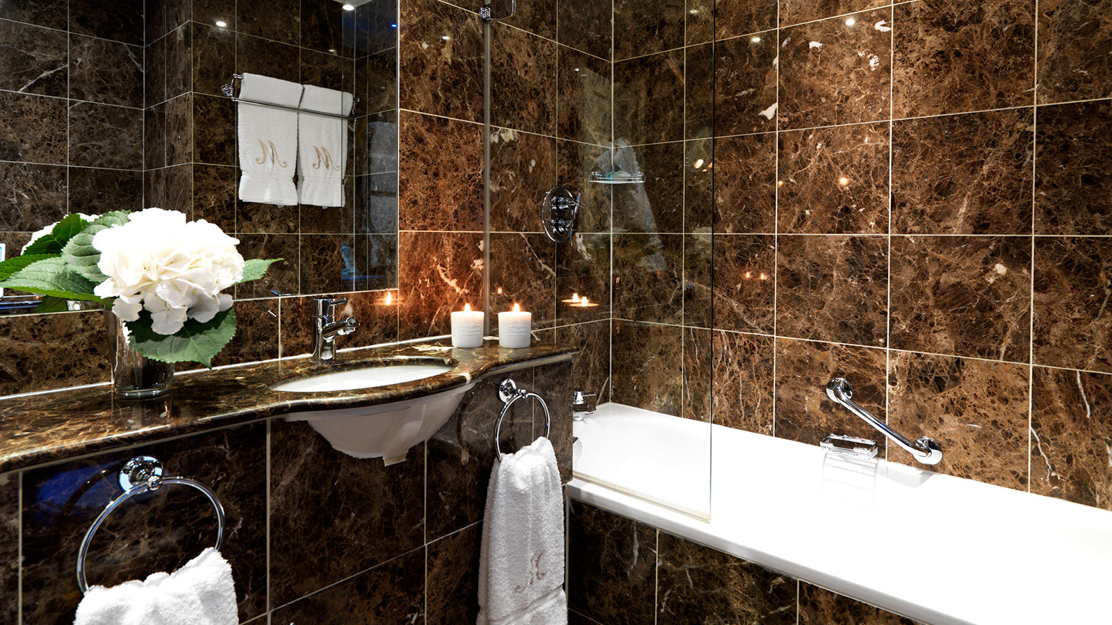 Boutique London Hotel | The Montague on the Gardens | The Romantic ...