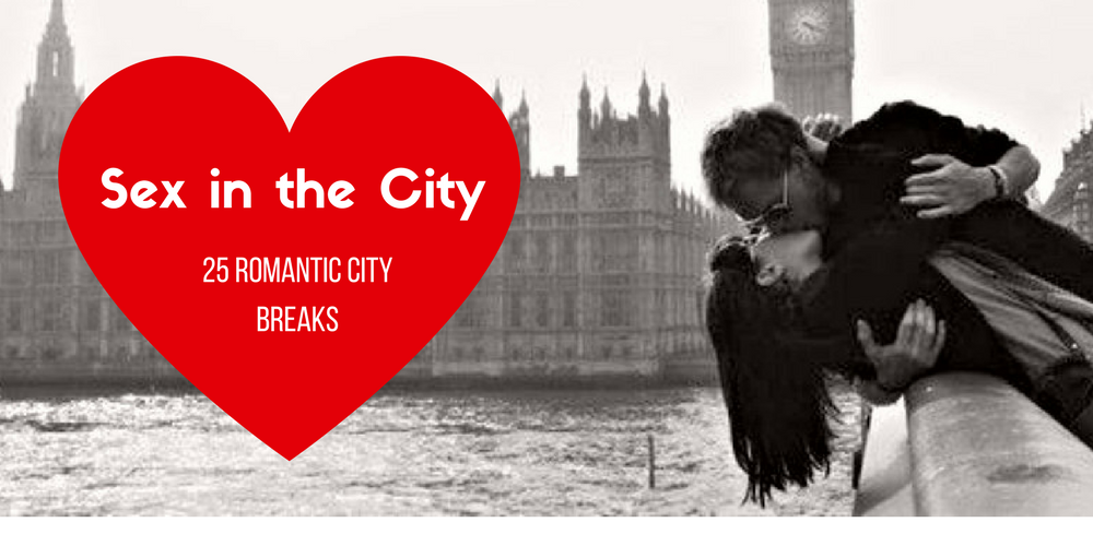 Couple kissing on Westminster Bridge London | Big Ben and Houses of Parliament