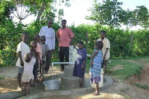 The Water Project: Emusanda Community Well -