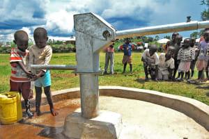 The Water Project: Lower Kogembo Community Well - Kenya -