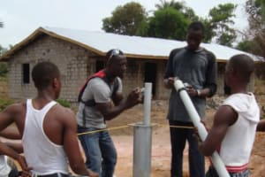 The Water Project: Tholmosor, Thullar St. Well Rehabilitation -