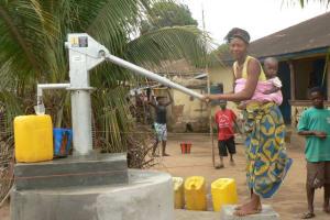 The Water Project: Lungi, Masoila, #3 Kamara St. Well Rehabilitation -