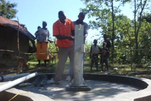 The Water Project: Shiamakhubu Health Workers Well Project -