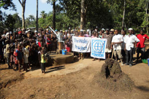 The Water Project: Lungi Town, Mapeh Village Well Rehabilitation -