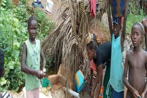 The Water Project: Lungi Community Well Rehabilitation -