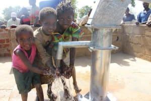 The Water Project: V3 II, Gueguere, Ioba, Burkina Faso -