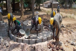 The Water Project: Lungi, Malokoh Well Rehabilitation -