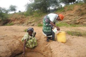 The Water Project: Isungulini Mutomo Community B -