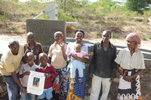 The Water Project: Nzalu Self Help Group Shallow Well Project -