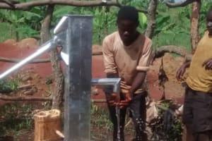The Water Project: Nyakatiti Rwamudopyo Hand Dug Well -