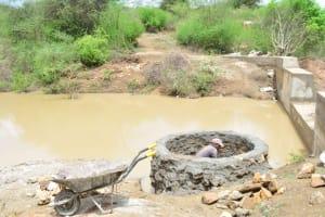 The Water Project: Vinya wa Mwau New Well Project -