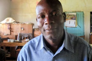 The Water Project: Emmabwi Primary School -  Mr Victor Kutayi