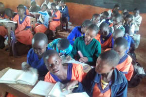 The Water Project: Essunza Primary School -  Class