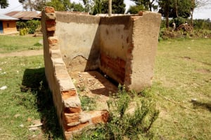 The Water Project: Kakubudu Primary School -  Urinal