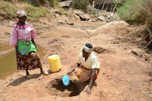 The Water Project: Mbuuni Community -  Fetching Water
