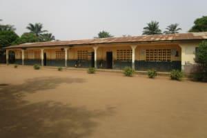 The Water Project: DEC Primary School -  School Building