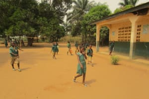 The Water Project: DEC Primary School -  Outside Classroom